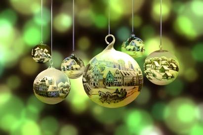 christmas-2877139_1920.jpg